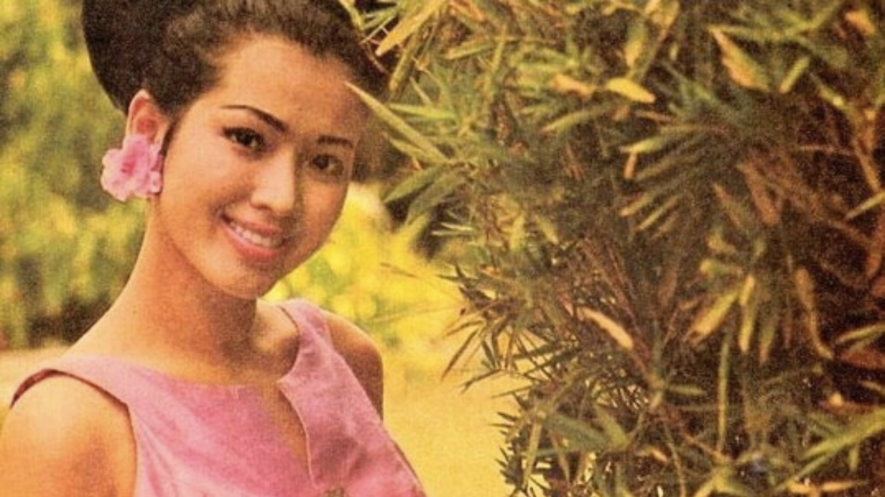ตำนานโลกไม่เคยลืม ปุ๊ก อาภัสรา ยิ้มสะกดจิต ส่งแรงให้ชาวไทยพ้นโควิด